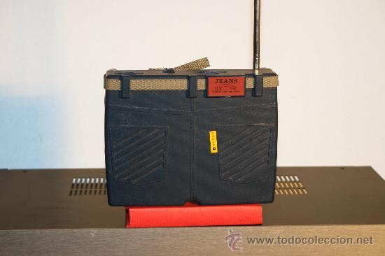 RECEPTOR A TRANSISTORES. (Radios, Gramófonos, Grabadoras y Otros - Transistores, Pick-ups y Otros)