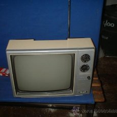 Rádios antigos: TELEVISOR PHILCO ANTIGUO. Lote 26627601