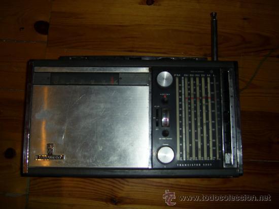 RADIO GRUNDIG 205 SATELITT TRANSISTOR 5000 (Radios, Gramófonos, Grabadoras y Otros - Transistores, Pick-ups y Otros)