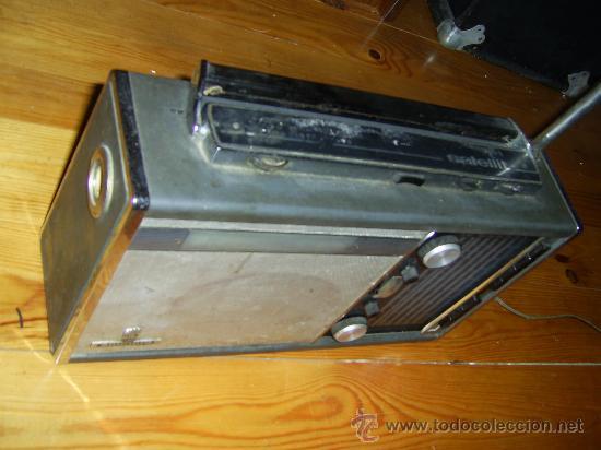 Radios antiguas: RADIO GRUNDIG 205 SATELITT Transistor 5000 - Foto 3 - 186453510
