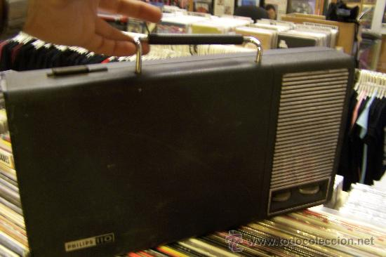 Radios antiguas: Tocadiscos de maleta Pick up philips Muy raro - Foto 2 - 27520137