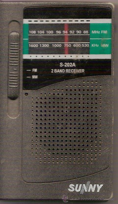 RADIO PORTATIL FUNCIONA - MIDE 10,50 X 6 ,50 CM (Radios, Gramófonos, Grabadoras y Otros - Transistores, Pick-ups y Otros)