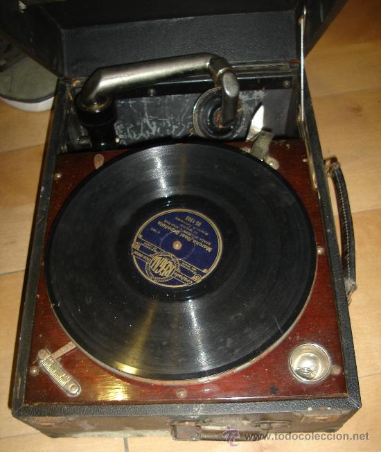 GRAMOFONO MAESTROPHONIC Nº13. AÑOS 40. CONTIENE AGUJAS DE REPUESTOS (Radios, Gramófonos, Grabadoras y Otros - Transistores, Pick-ups y Otros)