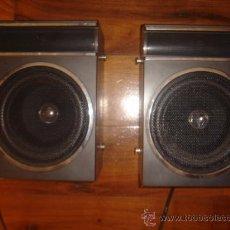 Radios antiguas: PAREJA DE ALTAVOCES , CAJAS DE 24 CM DE ALTURA.. Lote 29549431