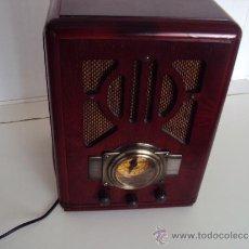 Radios antiguas: RADIO ANTIGUA EXCLUSIVAMENTE RECOGIDA LOCAL SIN EMBALAR. Lote 30789293