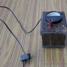 Radios antiguas: TRANSFORMADOR DCA DE MADERA. Lote 30838599