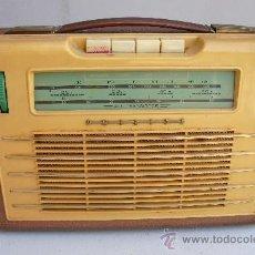 Radios antiguas: BUENA PIEZA ESTE TRANSISTOR PHILIPS DE 1960 CON SU FUNDA DE PIEL. Lote 51393469