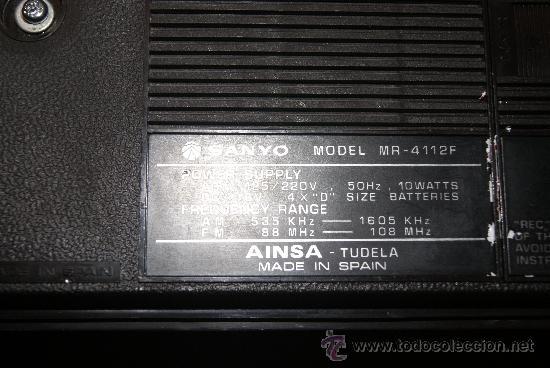 Radios antiguas: Radio Cassette Sanyo modelo MR-4112F años 70 - Foto 5 - 31692049