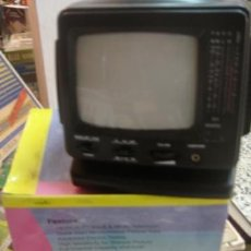 Radios antiguas: TELEVISION EN BLANCO Y NEGRO 5.5' (14 CM) CON RADIO AM/FM 2 PORTABLE (REF. 096227). Lote 31992730