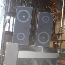 Radios antiguas: APARATO DE MUSICA COMPLETO,RADIO,CASSET Y TOCADISCO AÑOS 70. Lote 32000272