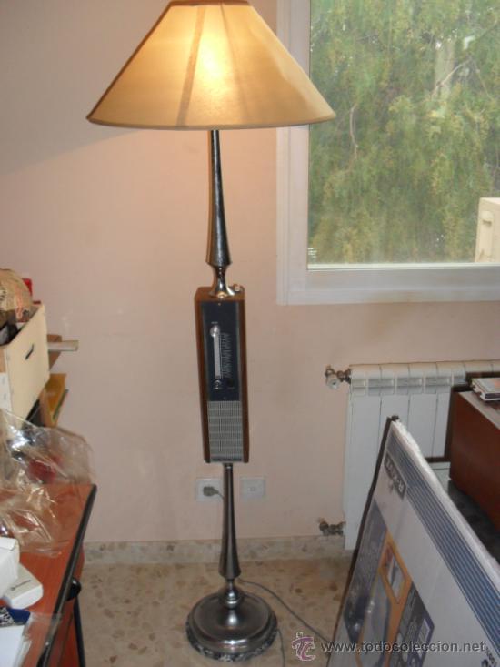 APARATO DE RADIO QUE ADEMAS ES UNA LAMPARA (Radios, Gramófonos, Grabadoras y Otros - Transistores, Pick-ups y Otros)