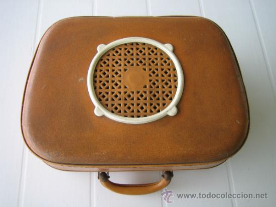 Radios antiguas: Tocadiscos de maleta TEPPAZ Oscar Senior. Made France años 50 o 60. Funciona - Foto 2 - 54317938