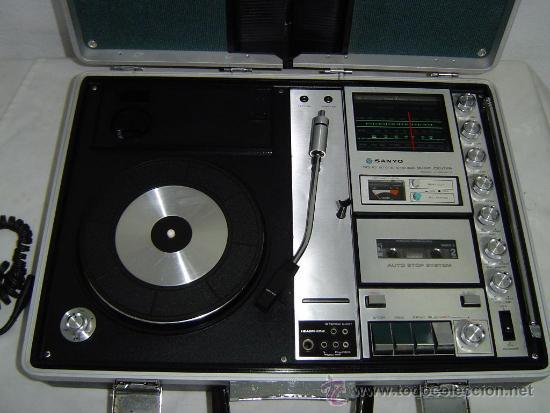 COMPACTO MUSICAL TOCADISCOS, CASETE Y RADIO EN UN MALETIN (Radios, Gramófonos, Grabadoras y Otros - Transistores, Pick-ups y Otros)