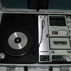Radios antiguas: COMPACTO MUSICAL TOCADISCOS, CASETE Y RADIO EN UN MALETIN. Lote 34430369