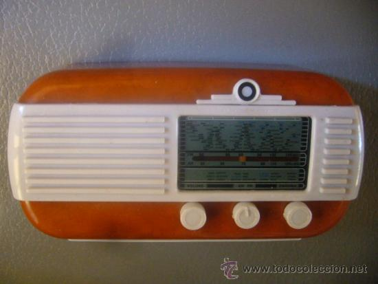 RADIO WATT RADIO WR 115 ITALIA 1952 MINIATURA MADE IN PRC