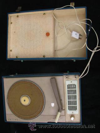 Radios antiguas: Antiguo toca discos portatil de la casa PHILIPS, con estuche funciona perfectamente. - Foto 3 - 36437436