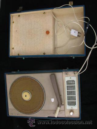 Radios antiguas: Antiguo toca discos portatil de la casa PHILIPS, con estuche funciona perfectamente. - Foto 5 - 36437436