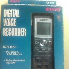 Radios antiguas: GRABADORA DIGITAL SANYO ICR-B31 / 7H 10 MIN DE GRABACIÓN LP, PANTALLA LCD, SISTEMA ACTIVADO POR VOZ. Lote 117177392