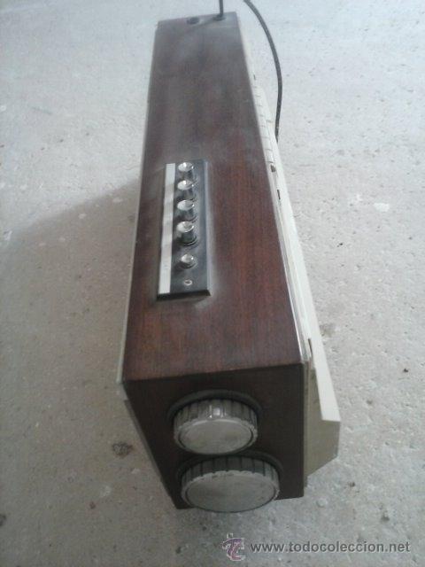 Radios antiguas: Radio antiguo de transistores - Foto 6 - 37211823
