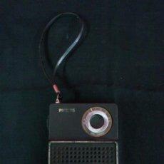 Radios antiguas: RADIO TRANSISTOR MARCA PHILIPS. FUNCIONA. Lote 37231224