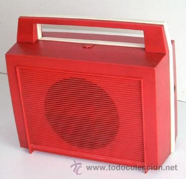 Radios antiguas: ANTIGUO RADIO TOCADISCOS JAPONÉS, MARCA TAYA, AÑOS 60, FUNCIONANDO - Foto 2 - 37306904