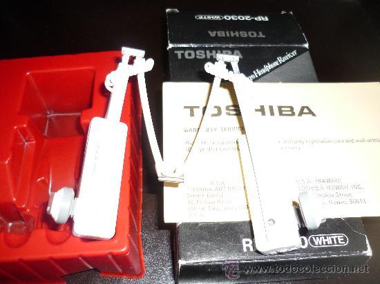 Radios antiguas: JOYA CASCOS - NO WALKMAN- TOSHIBA RP 2030 WHITE CON CAJA AÑOS 80 FUNCIONANDO - Foto 4 - 168904648