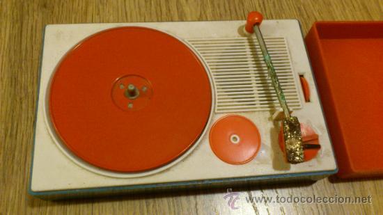 Radios antiguas: Antiguo tocadiscos de juguete para restaurar y reparar funcionaba a pilas - Foto 2 - 38505543