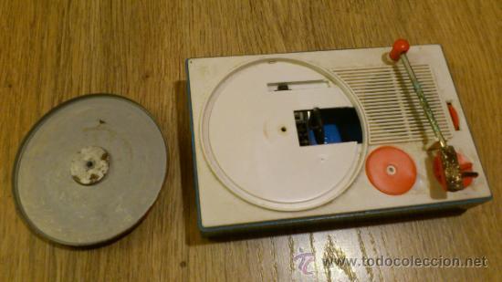 Radios antiguas: Antiguo tocadiscos de juguete para restaurar y reparar funcionaba a pilas - Foto 6 - 38505543