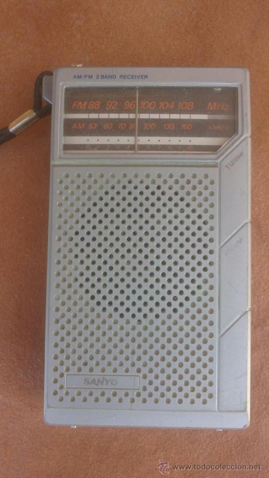 ANTIGUO TRANSISTOR SANYO..AM-FM.FUNCIONA. (Radios, Gramófonos, Grabadoras y Otros - Transistores, Pick-ups y Otros)