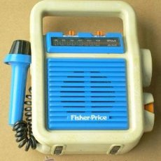 Radios antiguas: RADIO FISHER PRICE, FUNCIONA. Lote 38972420
