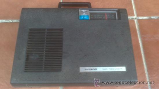 COMBINADO MUSICAL SILVANO 717 THEREE IN ONE (Radios, Gramófonos, Grabadoras y Otros - Transistores, Pick-ups y Otros)