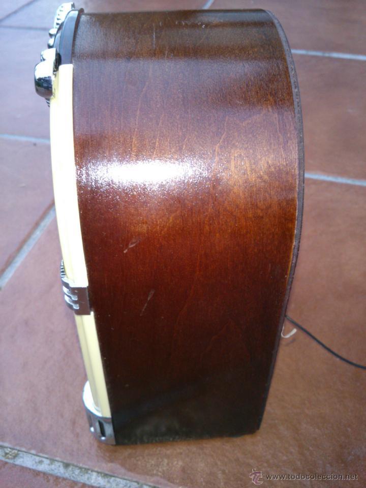 Radios antiguas: REPLICA RADIO CON FORMA DE JUKE BOX DE TRANSISTORES EN MADERA Y PLASTICO.CON LUZ - Foto 4 - 39579428