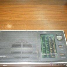 Radios antiguas: RADIO TRANSISTOR PHILIS AÑOS 60 FUNCIONA . Lote 39904864