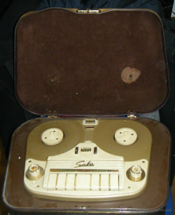 RADIO GRABADOR MARCA SABA. DESCONOZCO ANTIGUEDAD Y FUNCIONAMIENTO. VER FOTOS. EN GENERAL (Radios, Gramófonos, Grabadoras y Otros - Transistores, Pick-ups y Otros)