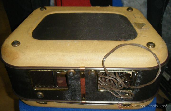 Radios antiguas: RADIO GRABADOR MARCA SABA. DESCONOZCO ANTIGUEDAD Y FUNCIONAMIENTO. VER FOTOS. EN GENERAL - Foto 2 - 40025753