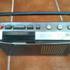 Radios antiguas: DIFICIL SUPER PORTABLE 909 MUSICASSETTE READERS DIGEST .NO FUNCIONA. Lote 40114683