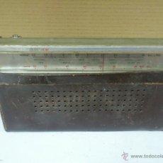 Radios antiguas: RADIO TRANSISTOR LAVIS 320 . NO FUNCIONA. PARA PIEZAS.. Lote 40394397