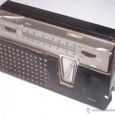 Radios antiguas: LAVIS 750. LA DE LA FOTO.. Lote 40962719