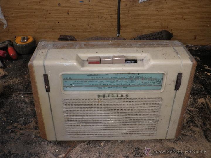 DOS RADIOS ANTIGUAS (Radios, Gramófonos, Grabadoras y Otros - Transistores, Pick-ups y Otros)