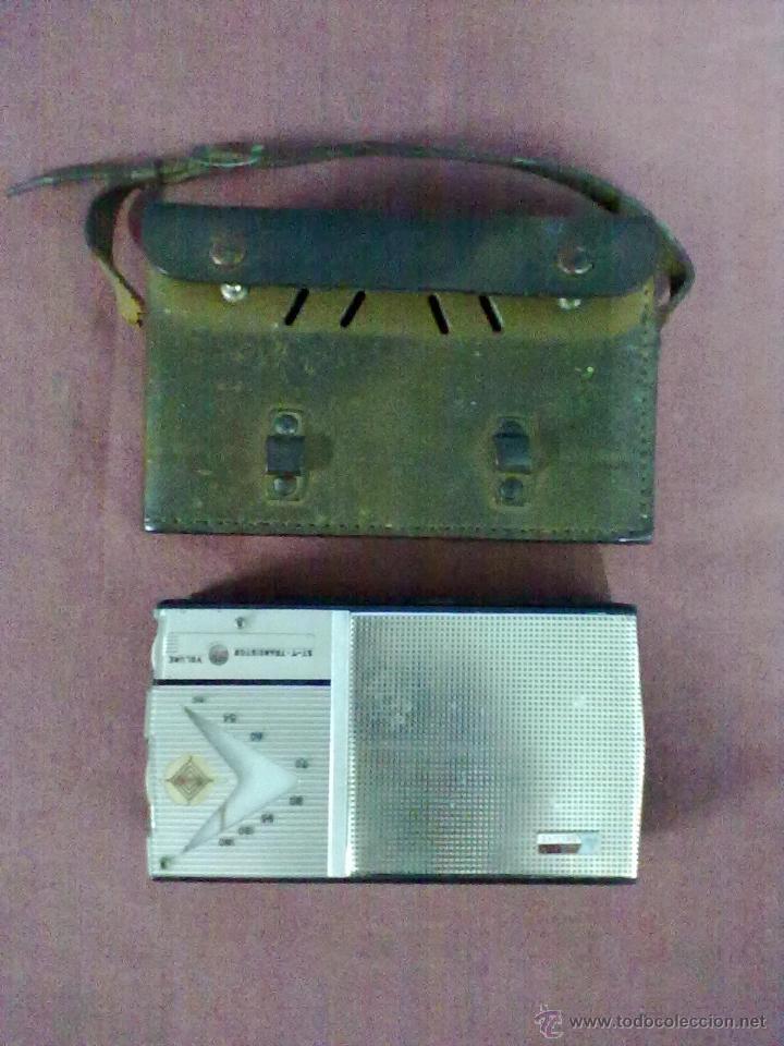 Radios antiguas: RADIO TRANSISTOR USHA DE LUXE ST-7 FUNCIONANDO FUNDA DE CUERO - Foto 4 - 41602974