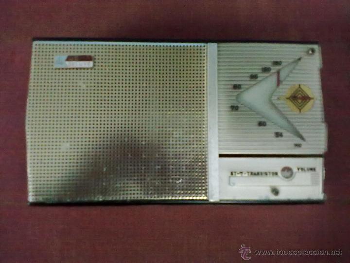 Radios antiguas: RADIO TRANSISTOR USHA DE LUXE ST-7 FUNCIONANDO FUNDA DE CUERO - Foto 5 - 41602974