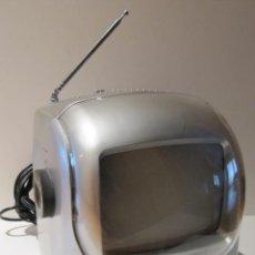 """Radios antiguas: TELEVISOR TV 5,5"""" B/W PORTATIL CON RADIO A.M Y F.M. RED Y PILAS. BRAVO KING. Lote 42098966"""
