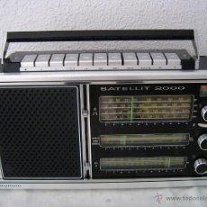 Radios antiguas: RADIO GRUNDIG SATELLIT 2000 UNA RADIO GRANDE Y MUY BONITA, LA RADIO ESTA TODAVÍA BIEN CONSERVADA AUN. Lote 42230252