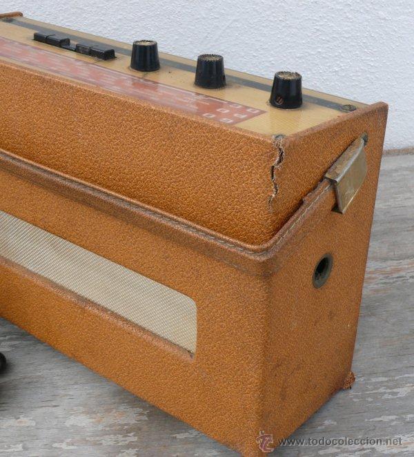 Radios antiguas: BONITA RADIO TRANSISTOR LA VOZ DE SU AMO FRANCESA DE MALETIN ANTIGUA - Foto 4 - 42538345