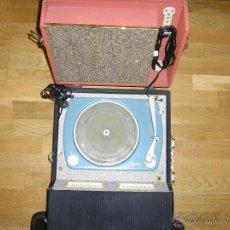 Radios antiguas: TOCADISCOS DE VALVULAS MELODIAL HOLIDAY SERIE ORO. Lote 42847867