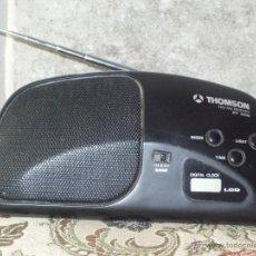 Radios antiguas: RADIO RELOJ LCD MARCA THOMSOM.. Lote 43064990