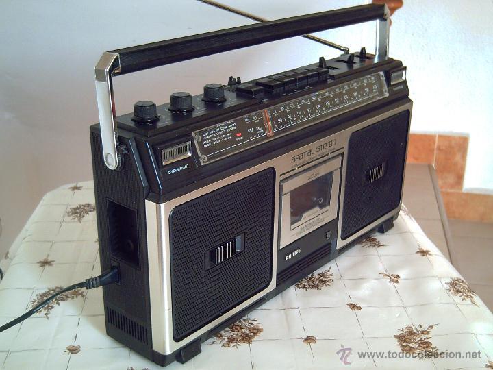 RADIOCASSETTE-BOOMBOX PHILIPS MOD. 8210 STEREO SPATIAL, AÑOS 80, FUNCIONANDO CORRECTAMENTE, LEER.. (Radios, Gramófonos, Grabadoras y Otros - Transistores, Pick-ups y Otros)