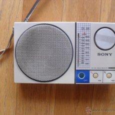 Radios antiguas: RADIO TRANSITOR SONY ICF-S30W VINTAGE AÑOS 80 FUNCIONANDO. Lote 43848810