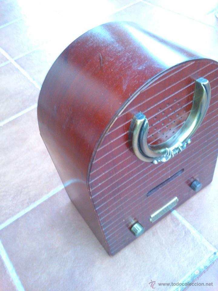 Radios antiguas: REPLICA RADIO CAPILLA.36X26X15CM. - Foto 7 - 44231379