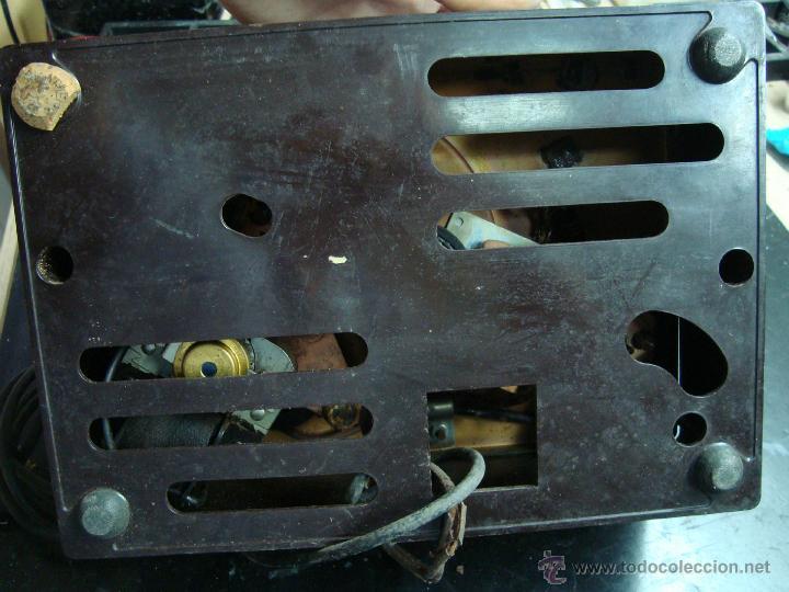 Radios antiguas: Electronica, Antiguo plato tocadiscos, gira discos, pick-up automatico 45 rpm, marca RCA Victor - Foto 2 - 44387114